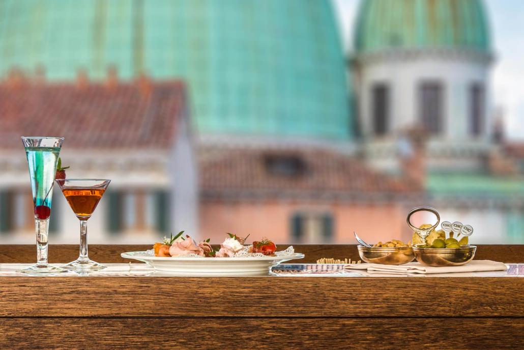 Fotografo Ristoranti a venezia con bella vista panoramica aperitivo in terrazza