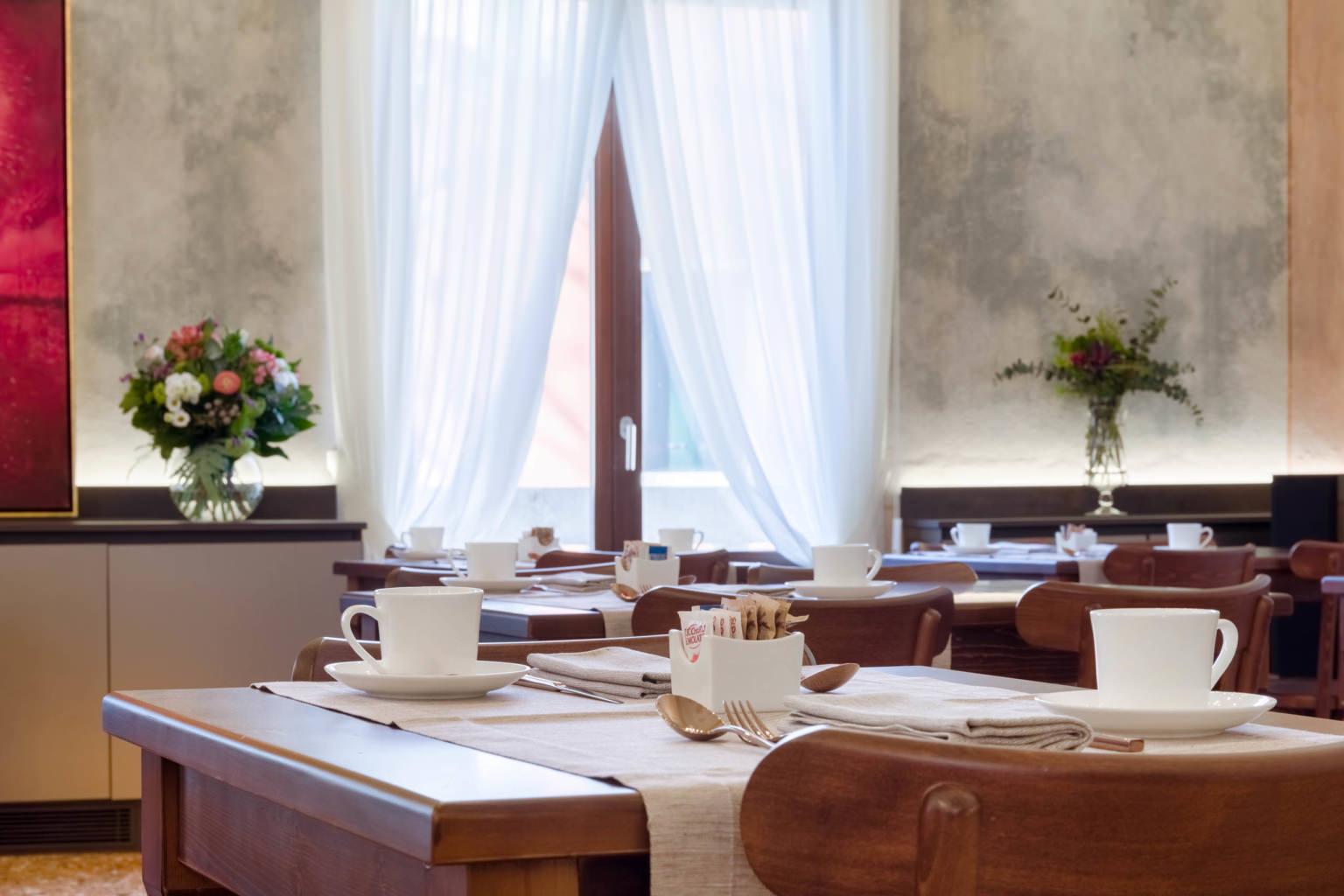 Fotografo sala colazioni, lounge e bar a Venezia