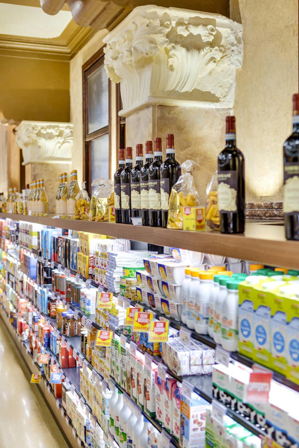 Fotografo Soluzioni Illuminotecniche Supermercato Despar a Venezia